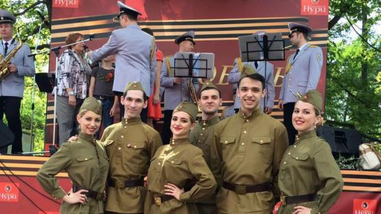Танцевальный коллектив «Valery». Шоу-программа на праздник 9 мая