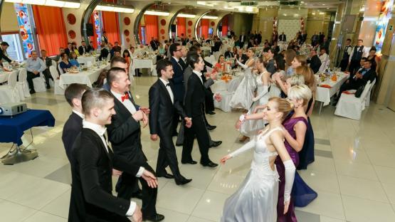 Кадриль в исполнении танцевального шоу Valery. Мастер-класс с гостями праздника.