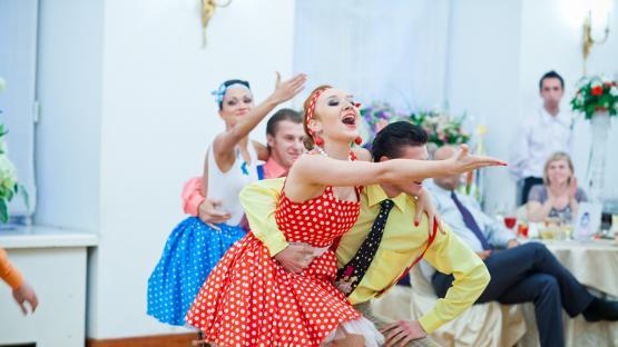 Танец «Буги-Вуги» в исполнении танцевального шоу «Valery»