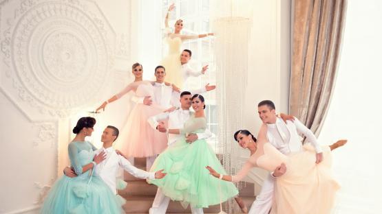 """Бальный танец «Медленный вальс» в исполнении танцевального шоу """"Valery"""""""